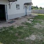 Nieutwardzony teren przy Domu Ludowym w Kacprowie