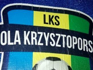 Znaczek - LKS Wola Krzysztoporska żółto-zielono-niebieskie barwy