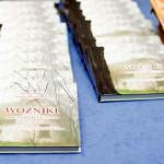 Spotkanie promocyjne w Woźnikach - egzemplarze książek