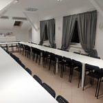 Nowe stoły i krzesła w sali OSP Mąkolice