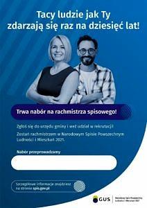 Plakat dwoje uśmiechniętych ludzi na niebieskim tle; treść - trwa nabór na rachmistrza spisowego