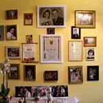 Ściana z pamiąkowymi obrazkami - rodzina, wnuki