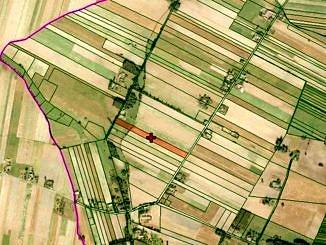 Mapa z zaznaczona działką do sprzedaży