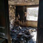 Wnętrze spalonego domu
