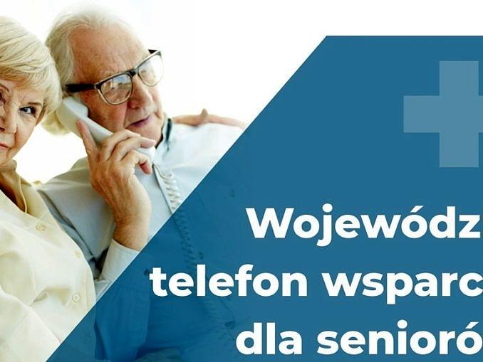 Plakat biało-niebieski: dwoje starszych ludzi przy telefonie; napis Wojewódzki telefon wsparcia dla seniorów