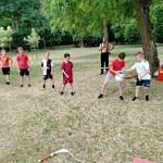 Dzieci podczas przeciągania liny