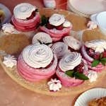 Kolorowe słodkie desery