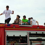 Dzieci n wozie strażacki