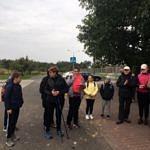Grupa uczestników rajdu przed wyruszeniem na trasę