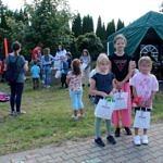 Dzieci z nagrodami po konkursie
